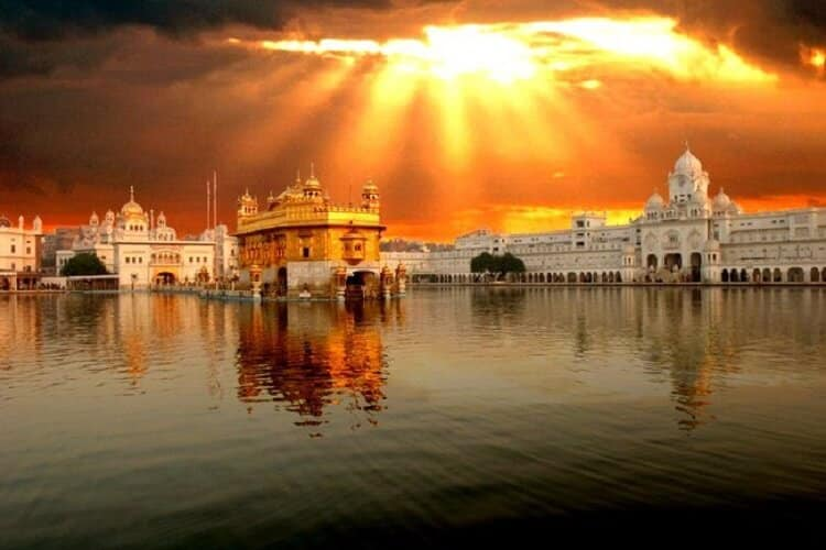 10 MUST VISIT PLACES IN AMRITSAR